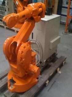 ABB IRB2400 FOUNDRY ROBOT